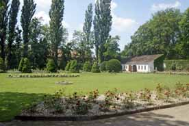 Der Rosengarten im Gut Saathain