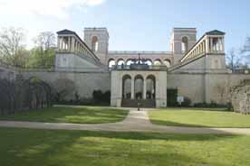 Schloss Belvedere auf dem Pfingstberg